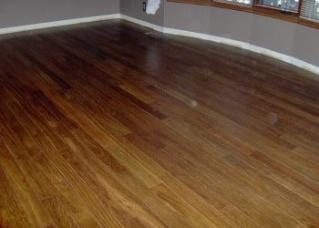 Hardwood or Laminate? Which floor is right for you?